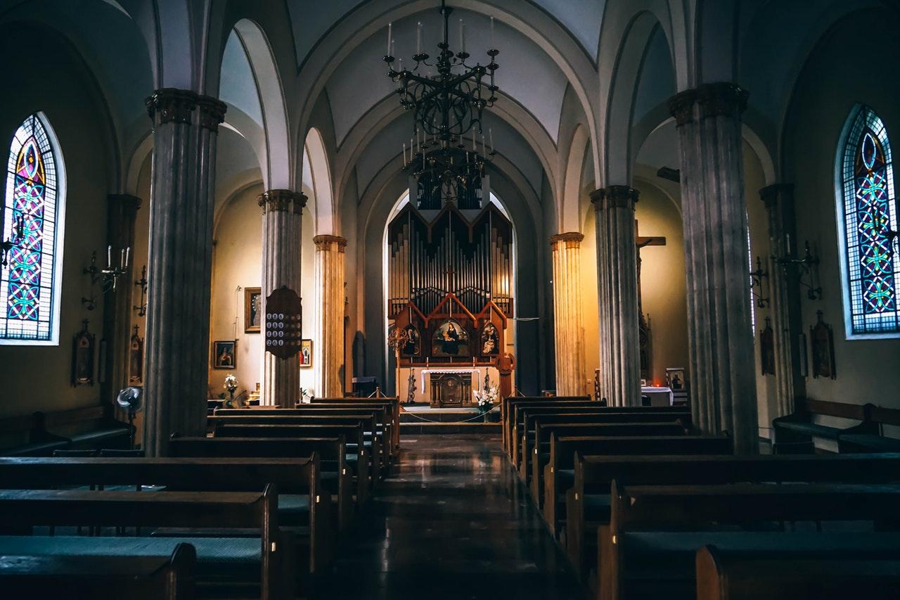 Klassisk kyrka i Sverige